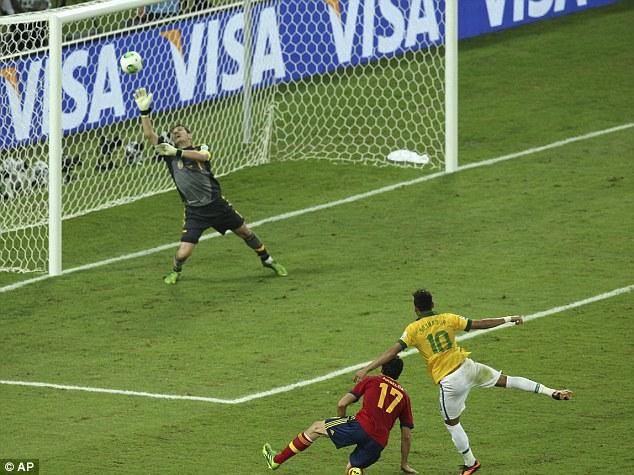Neymar's left-footed golaço past Iker Casillas. (Photo: AP Photo)