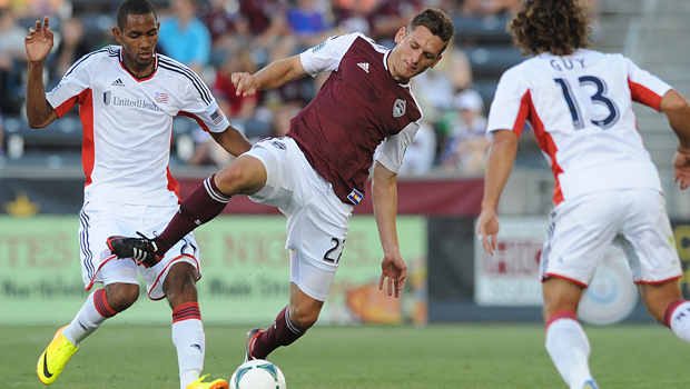 Shane O'Neill (center).(Photo: Bart Young / Colorado Rapids)
